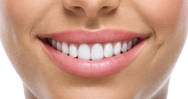 Як зберегти зуби здоровими: 6 порад відомого стоматолога