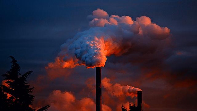 Из-за карантина выбросы углерода в мире сократились до показателей 2006 года