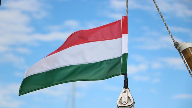 В Угорщині від коронавірусу помер британський дипломат