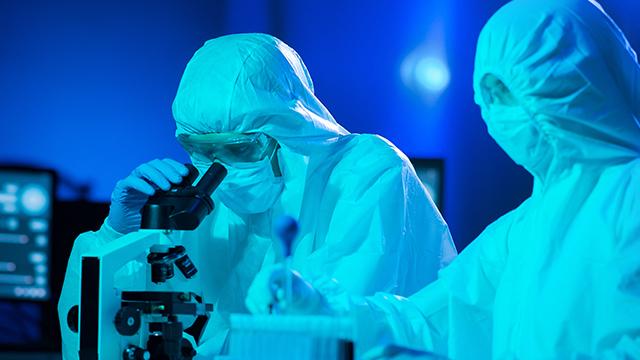У Британії розробили калькулятор, який показує шанси померти від коронавірусу