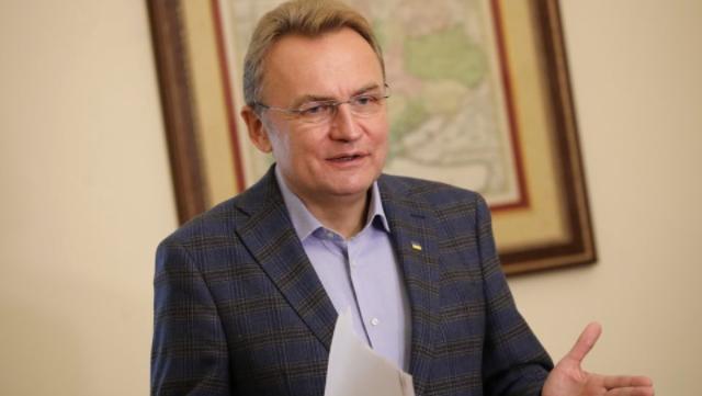 Ми на порозі непростих рішень: Садовий не виключив локдаун у Львові