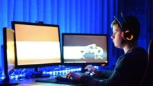 Синій екран і дефіцит денного світла: як виправити короткозорість у дітей