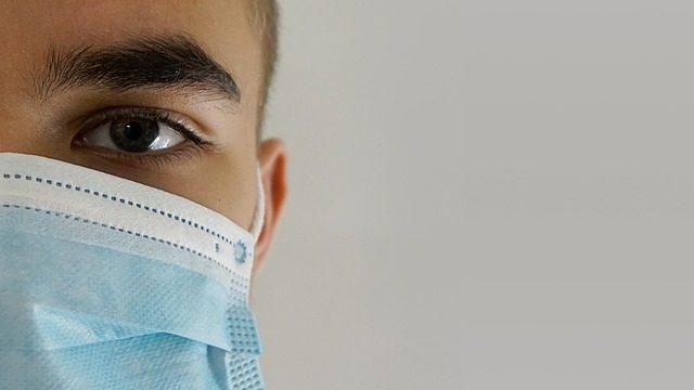 Смертоносний штам та залишки вакцин: коронавірус в Україні і світі 11 березня