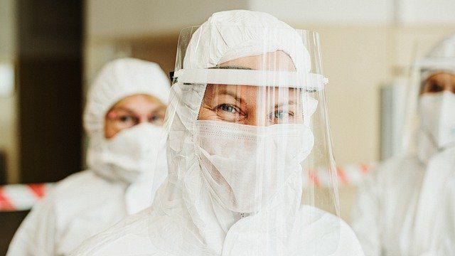 Епідемія в Україні може закінчитися у травні – епідеміолог назвала умови