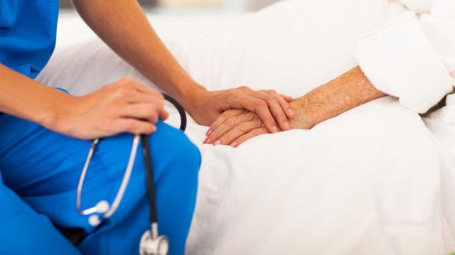 У Чернівцях від коронавірусу одужала 100-річна пацієнтка