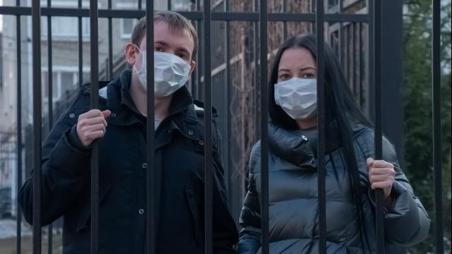 Ситуація не поліпшується: в Україні за добу 9 642 нові випадки коронавірусу
