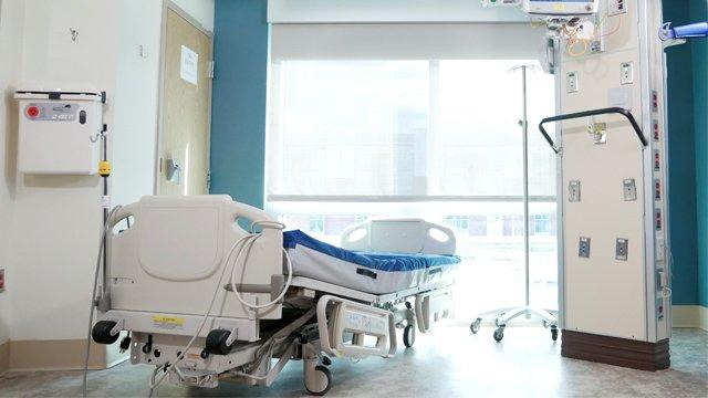 Не підозрювала про хворобу: у Львові провели складну операцію, врятувавши жінці життя