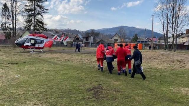 З травмами шиї та голови: на Київщині вертольотом в Охматдит доставили дитину