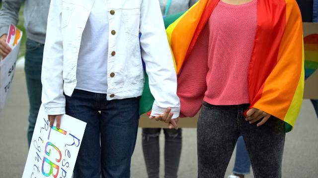В Ізраїлі одностатевим парам дозволили користуватися послугами сурогатних матерів