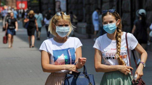 Наблизиться до червоної зони: коли в Україні можуть запровадити локдаун