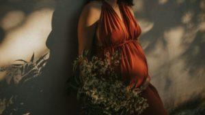Почему беременные устают. Ученые назвали причину