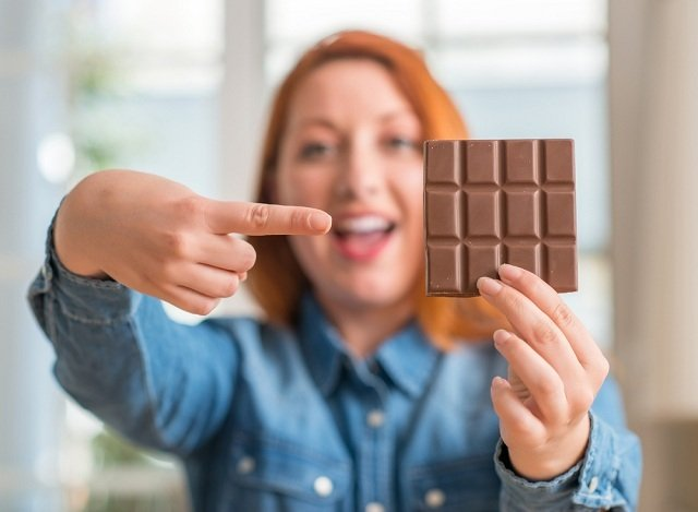 Шоколад допомагає спалити жир – дослідження