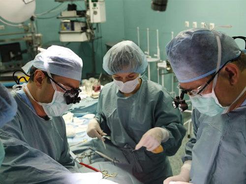 Ми сьогодні робимо операції, які ще вчора здавалися неможливими – кардіохірург Ярослав Труба