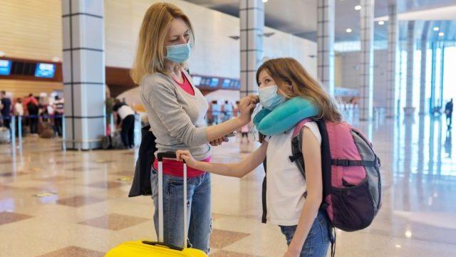 Covid-подорожі: для українців, що планують їхати за кордон, запущено інформаційний бот