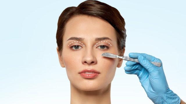 Блефаропластика: чому після операції не завжди закриваються очі