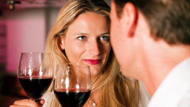 День сухого червоного вина: його користь оцінили ще тамплієри