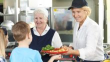 Енергетик замість сніданку: як якість харчування впливає на психіку школярів