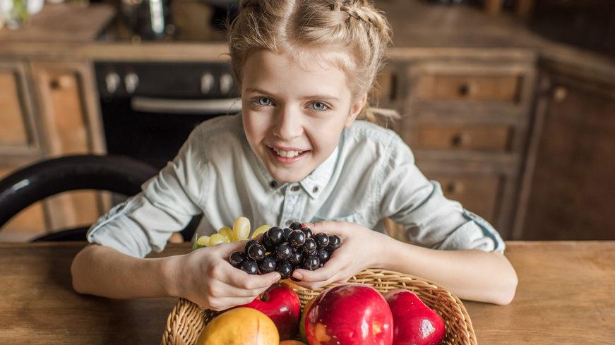 Виноград, яблука та диня: які фрукти варто додати до свого раціону восени
