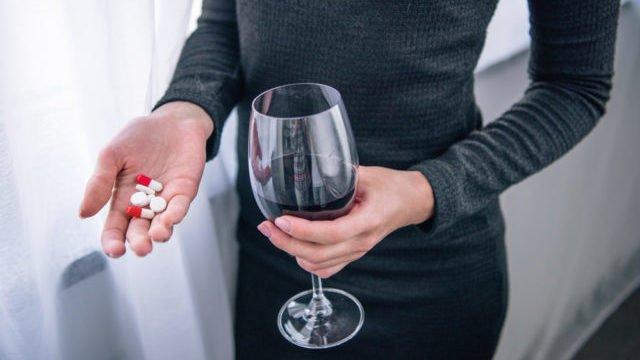 З якими ліками не можна пити алкоголь