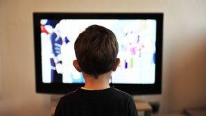 ребенок телевизор